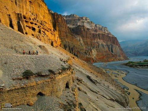 Kiệt tác 10.000 hang động trong vách núi - 2