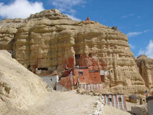 Kiệt tác 10.000 hang động trong vách núi - 5