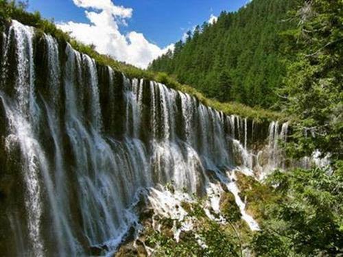 Thác nước đóng băng tuyệt đẹp ở Trung Quốc - 7