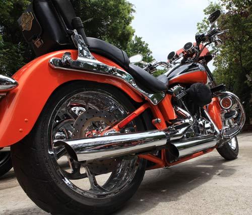 Dàn siêu xe Harley 'xoắn' ga vang trời - 1