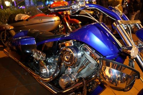 Dàn siêu xe Harley 'xoắn' ga vang trời - 5