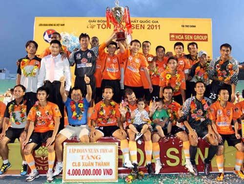 Bầu Thủy vẫn khăng khăng sẽ bỏ AFC Cup - 1