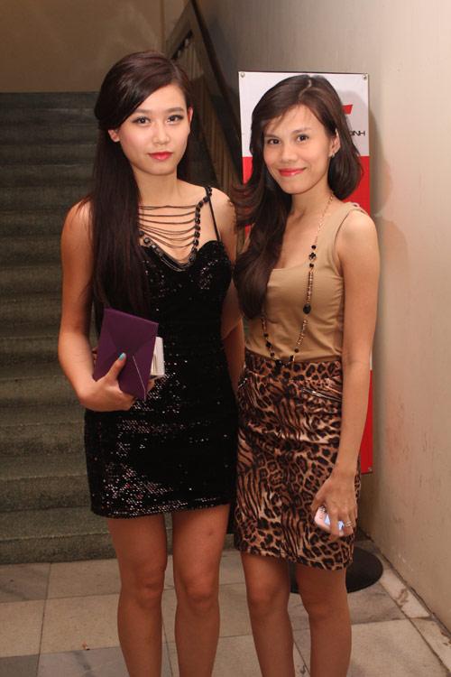 Việt Trinh gợi cảm quên tuổi tác - 18