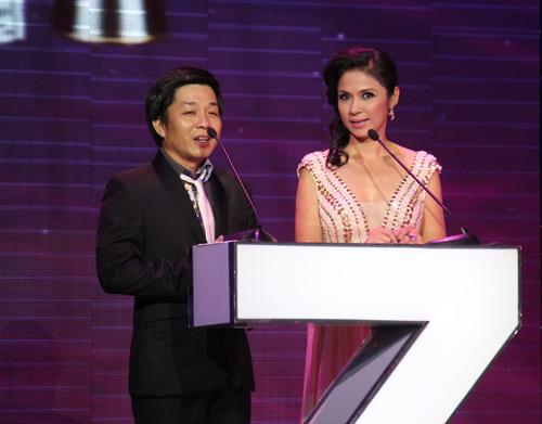 Việt Trinh gợi cảm quên tuổi tác - 3