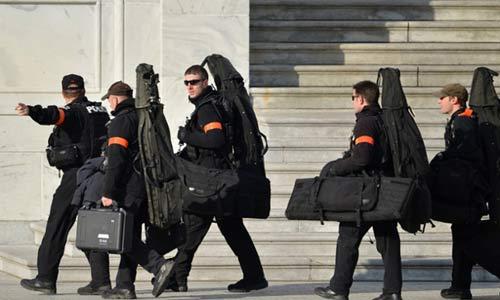 Cận mặt nữ đặc vụ hộ vệ Obama nhậm chức - 10