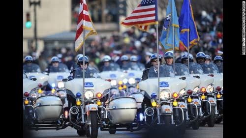 Cận mặt nữ đặc vụ hộ vệ Obama nhậm chức - 12