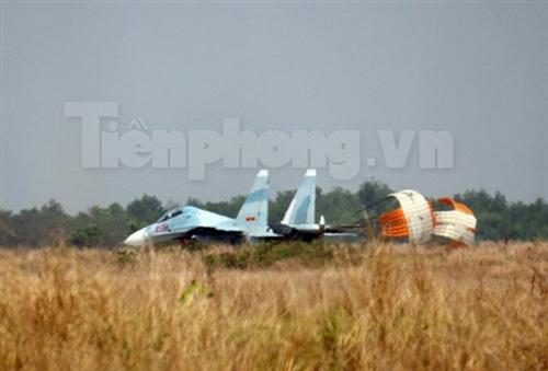"""""""Đại bàng"""" Su-30MK2 dũng mãnh gác trời VN - 13"""