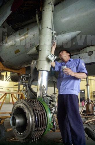 """""""Đại bàng"""" Su-30MK2 dũng mãnh gác trời VN - 3"""