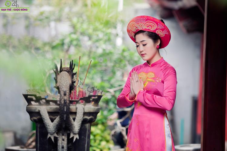 Cùng chiêm ngưỡng bộ ảnh Du xuân của hot girl Phạm Thanh Tâm