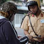Tin tức trong ngày - Dừng xe, xử phạt: Không chỉ CSGT