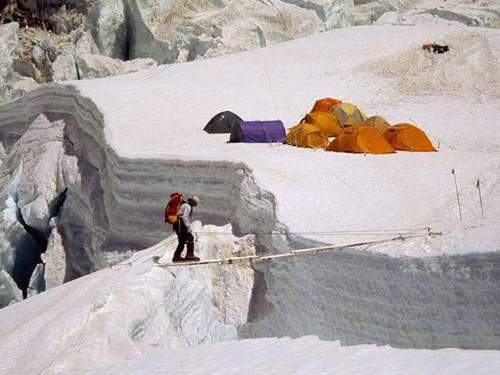 Chinh phục 'nóc nhà của thế giới' Everest - 4