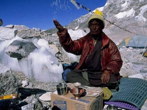 Chinh phục 'nóc nhà của thế giới' Everest - 9