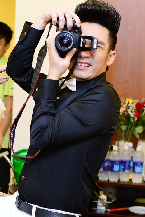 Quang Hà trong vòng vây người đẹp - 12
