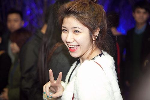 MC Anh Tuấn hạnh phúc bên vợ mới - 15