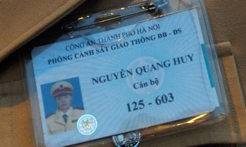 """Điều kiện nào để CSGT được cấp """"thẻ xanh""""? - 2"""