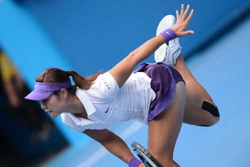 Cú giao bóng siêu dở của Li Na ở Australian Open - 1