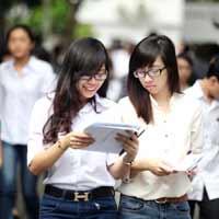 Hỗ trợ học phí cho sinh viên trường tư
