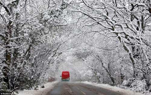 Đã mắt với băng tuyết đẹp kỳ vĩ ở Anh - 9