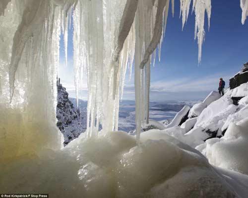 Đã mắt với băng tuyết đẹp kỳ vĩ ở Anh - 2