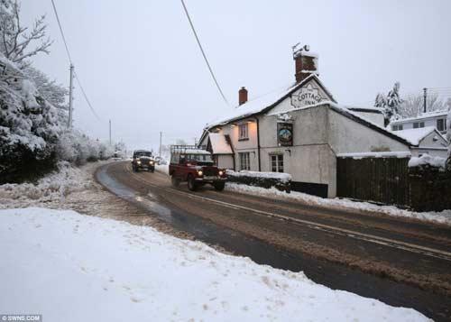 Đã mắt với băng tuyết đẹp kỳ vĩ ở Anh - 7