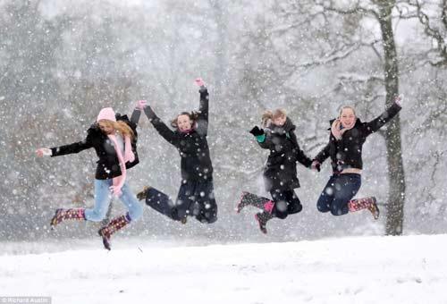Đã mắt với băng tuyết đẹp kỳ vĩ ở Anh - 10
