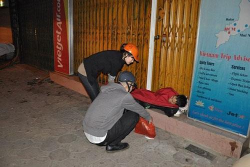Giảng viên bỏ việc để giúp người vô gia cư - 3