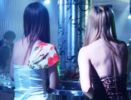 """Những con phố mại dâm luôn sáng """"đèn đỏ"""" - 3"""