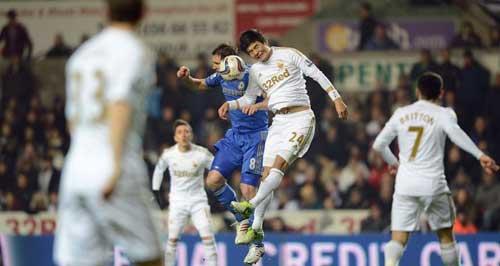Chelsea: Benitez dần hết phép - 1