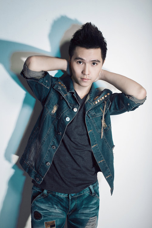 Phú Quý SMĐH ra single đầu tay - 4