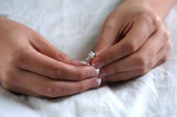 Chọn nhẫn đính hôn như thế nào? - 6