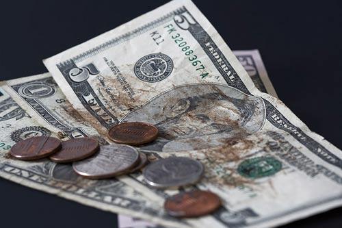 Bill Gates ghét thanh toán bằng tiền mặt - 1