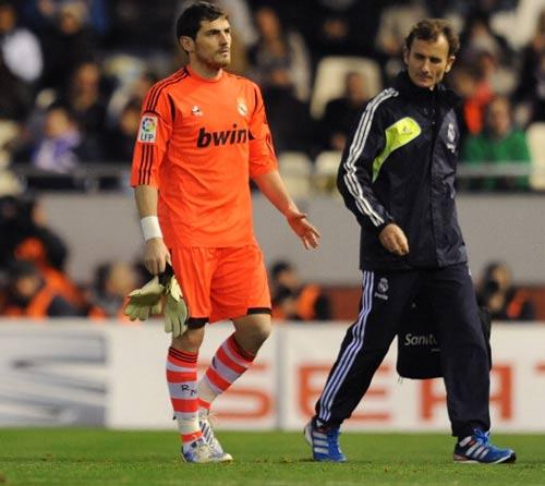 Nóng: Casillas chính thức lỡ trận gặp MU - 1