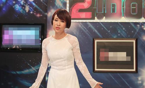Uyên Linh tiết lộ nụ hôn đầu đời - 10