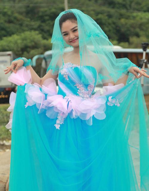Phim Tết: Bảo Anh cưới Trương Thế Vinh - 11