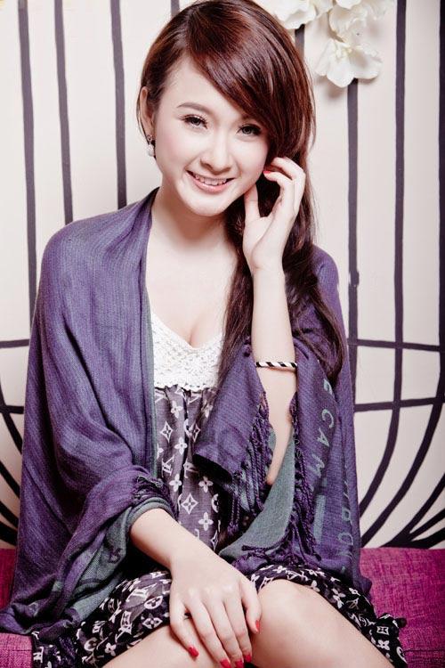 Ảnh hiếm của Angela Phương Trinh - 12