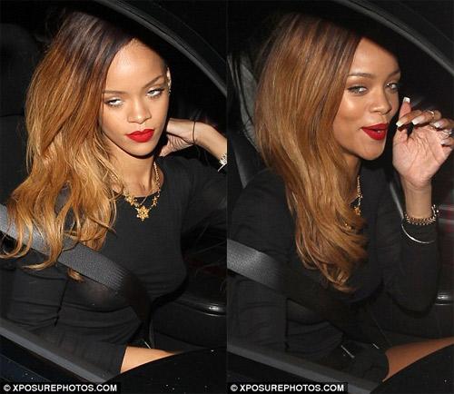 Rihanna gây sốc mặc cũng như không - 4