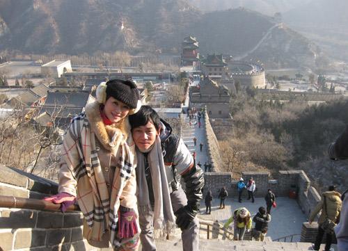 Vợ chồng Kiều Linh tình tứ tại Bắc Kinh - 7