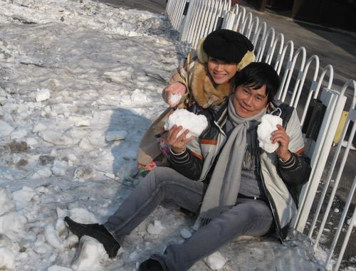 Vợ chồng Kiều Linh tình tứ tại Bắc Kinh - 10