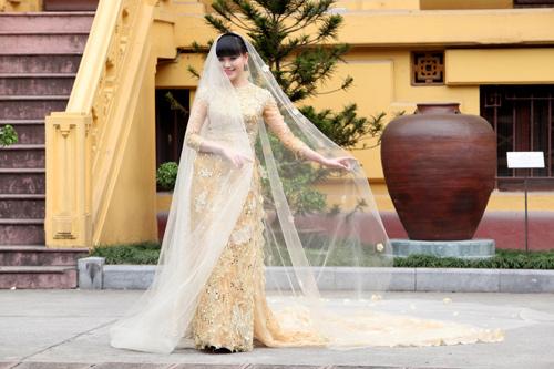 Chọn áo dài cưới cho cô dâu 2013 - 11