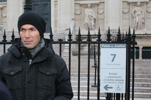 Zidane kiện danh hài ra tòa: Đừng đùa với Zizou - 1
