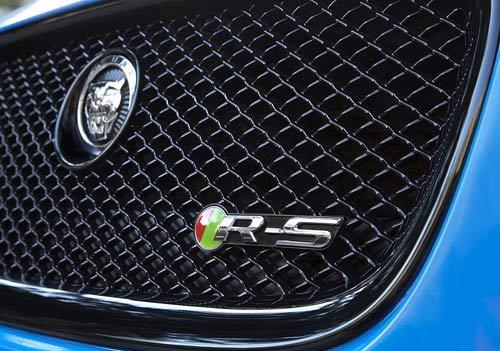 Jaguar XFR-S 2014 – Đáng đồng tiền, bát gạo - 9