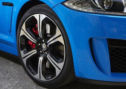 Jaguar XFR-S 2014 – Đáng đồng tiền, bát gạo - 10