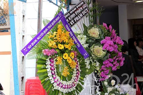 Danh ca nghẹn ngào tiếc thương NS Phạm Duy - 9
