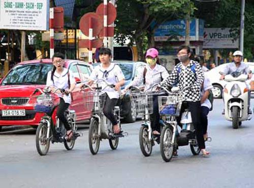 Xe đạp điện có thể đi 80 km tại Hà Nội - 1