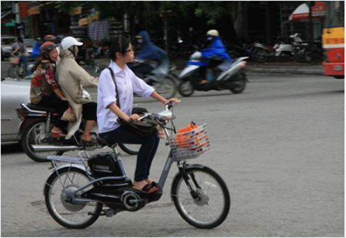 Xe đạp điện có thể đi 80 km tại Hà Nội - 2