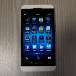 Thời trang Hi-tech - BlackBerry Z10 màu trắng lộ ảnh trước giờ G