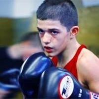 Thần đồng võ thuật tuổi 13