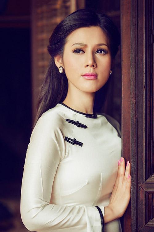"""Khi """"gái hư"""" mượn áo dài che lấp scandal - 14"""