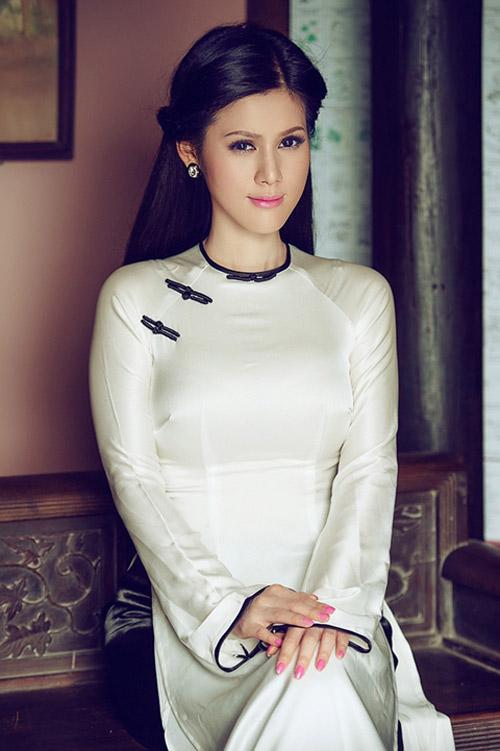 """Khi """"gái hư"""" mượn áo dài che lấp scandal - 15"""