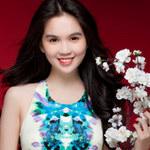 Thời trang - Ngọc Trinh giúp bạn gái tìm váy mặc Xuân